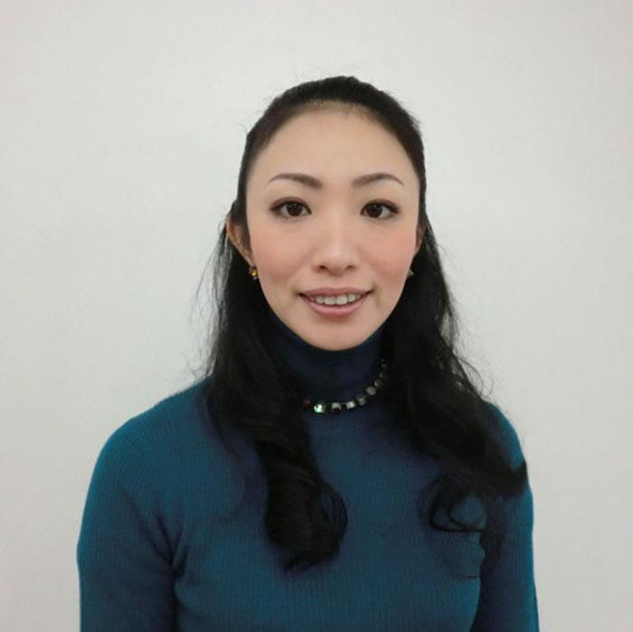 岩田 真紀(メロンの習字の先生)1