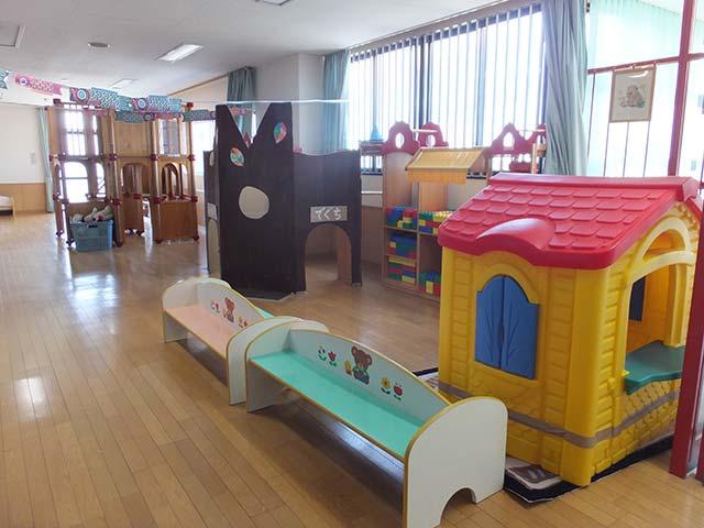 2階廊下の遊具